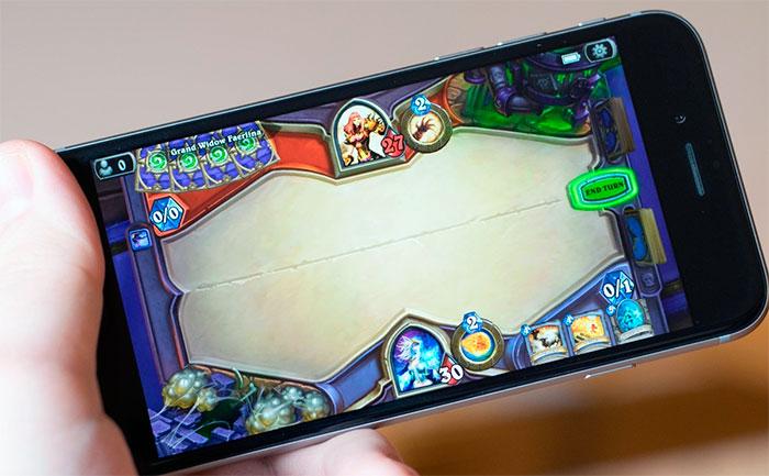 Игра Hearthstone вышла на смартфонах iOS и Android